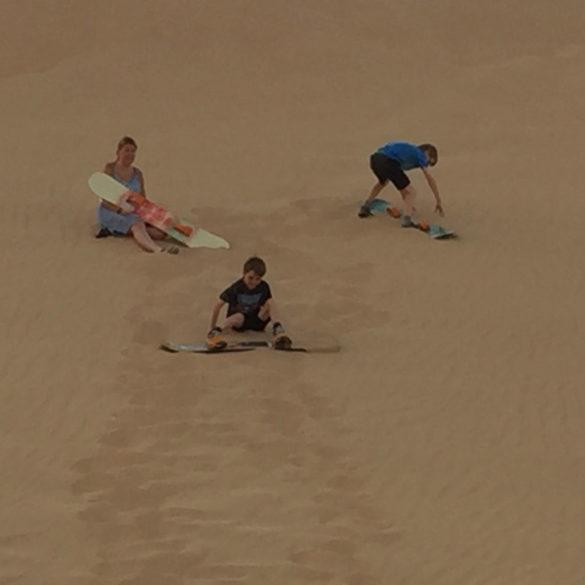 sand boarding, Abu Dhabi