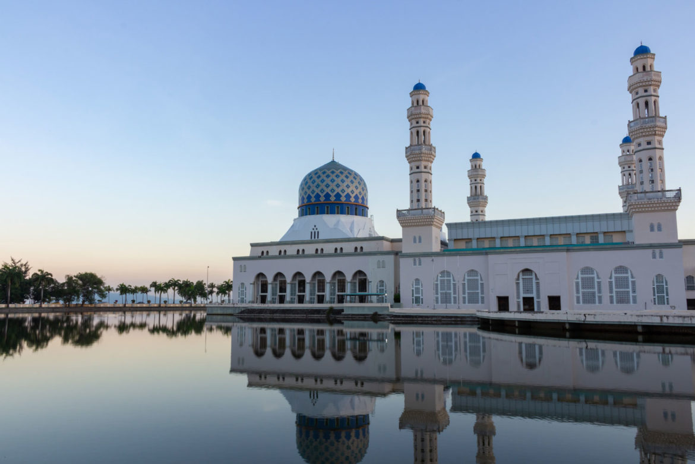Masjid Bandaraya Kota Kinabalu, Borneo