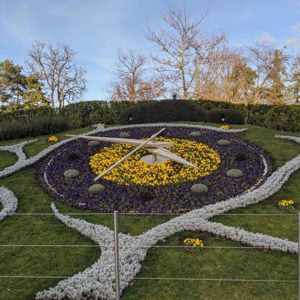 View of the Geneva Flower Clock (L'horloge fleurie)