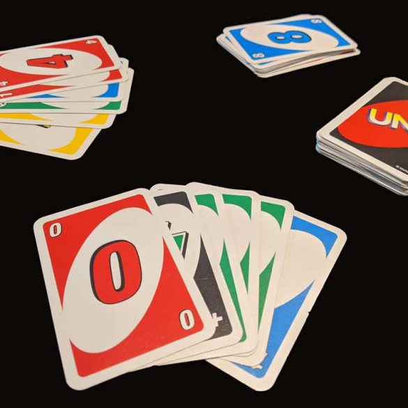 picture of card game Uno