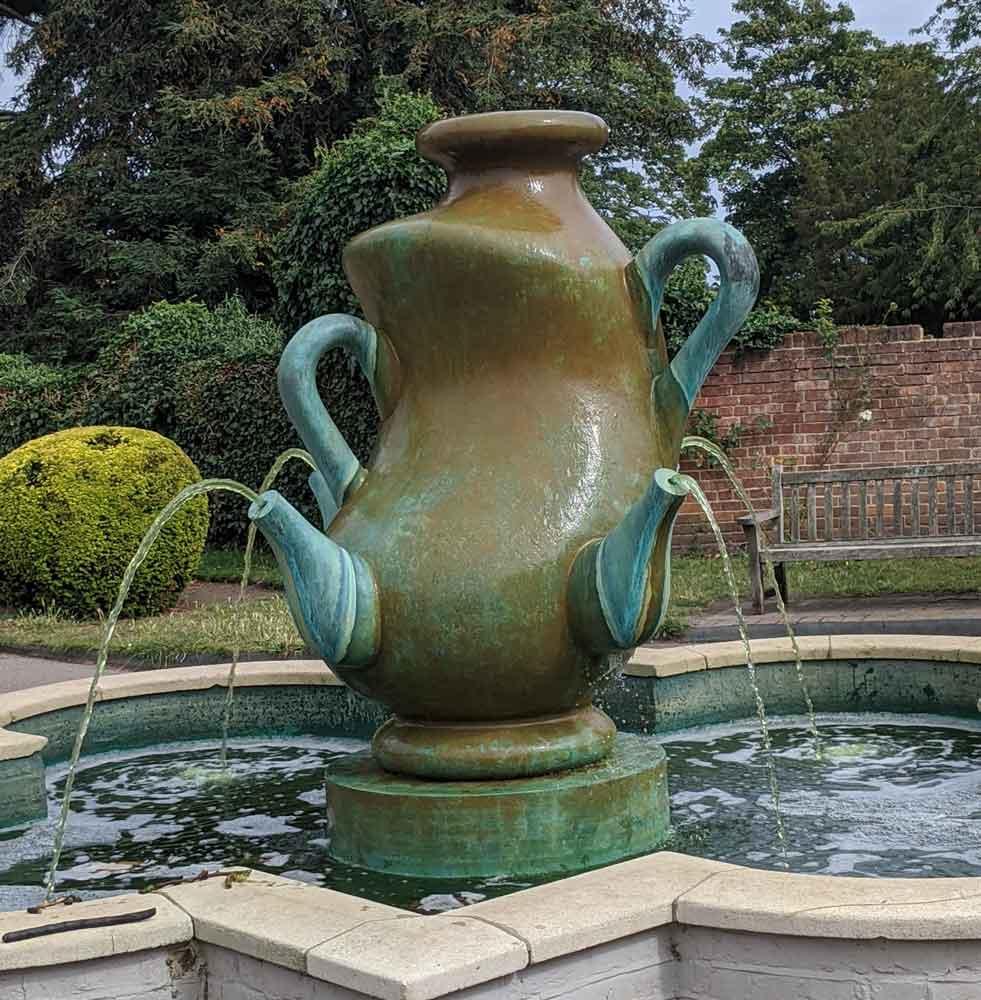 Tea Pot Fountain, Cannizaro Park, Wimbledon, London, UK