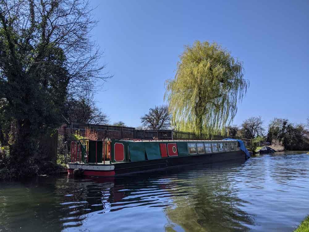 Basingstoke Canal, Odiham, Hampshire, UK