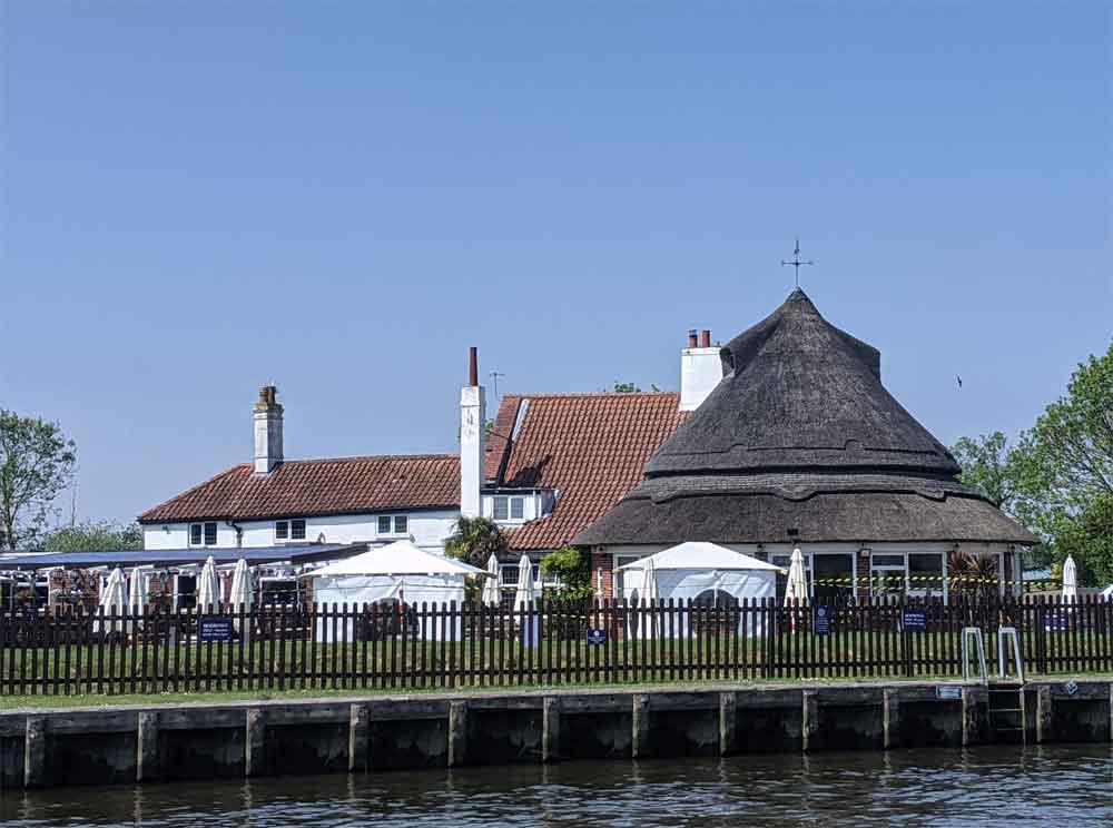Acle Bridge Inn, Acle, Norfolk Broads, Norfolk UK