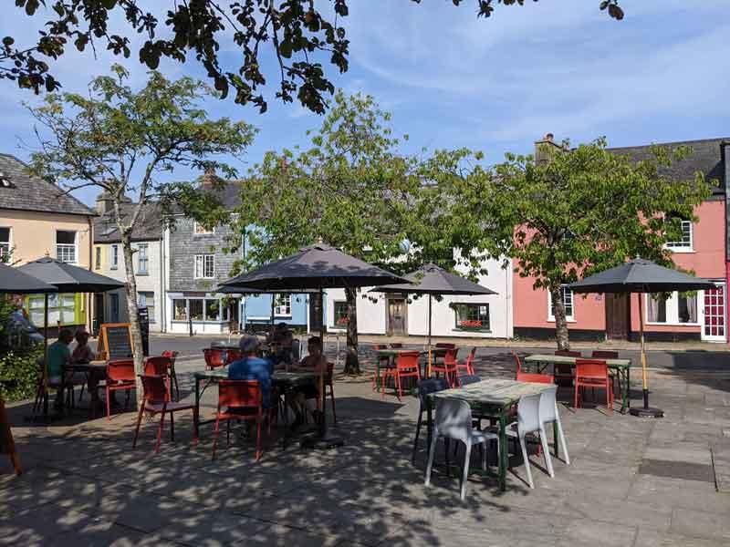 Rotherfold Square, Totnes, Devon, UK